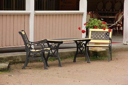 Kuressaare, Park, Estonia, Table, Outdoor