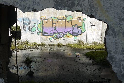Graffiti, Shadows, Building, Ruins, City, Ghetto