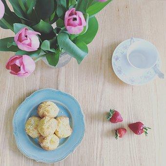 Flowers, Strawberries, Tulips, Bouquet, Dessert