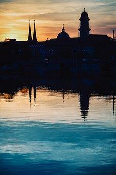 City, Silhouette, Water, Mirroring