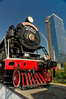 City, Monument, Steam Locomotive