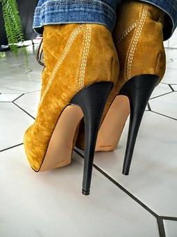 Shoes, Fashionable, Stilettos, Clothing, Paragraph