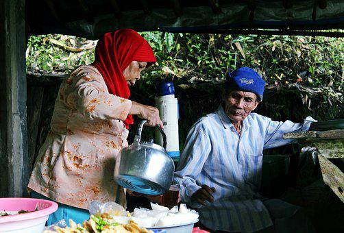 Family, Pensioner, Lifestyle, Tea, Drink, Grandmother