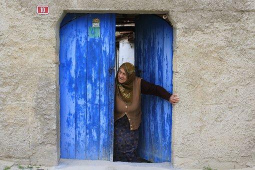 Life, Door, Women's, Old, Muslim, Grandmother