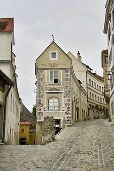Intersection, Building, Edge, Architecture, Cityscape