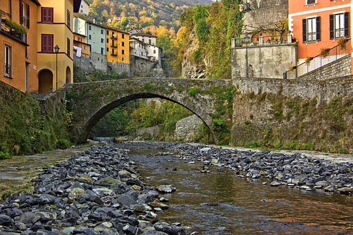 Old Village, Italy, Lake Como, Argegno, Lombardy, Mouth