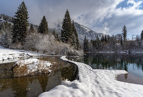 Lake Cresta, Graubünden, Oberland, Switzerland, Lake