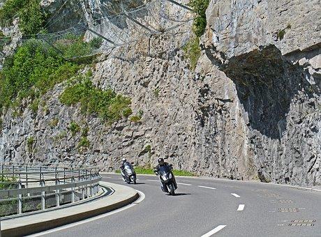 Switzerland, Thun, Seestrasse, Beatenberg, Curves, Rock