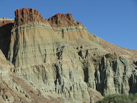 Cathedral Rock, John Day Fossil Beds, Fossil Beds