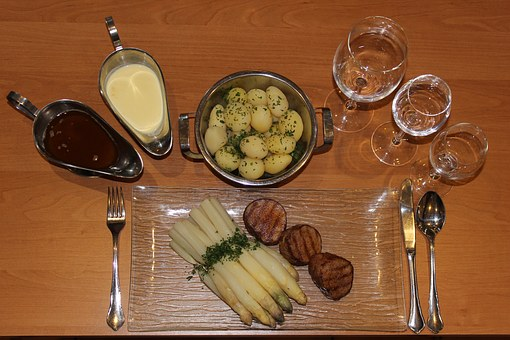 Asparagus, Asparagus Dish, Fillet Of Beef, Potatoes