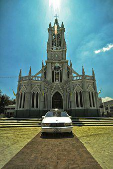 Church, Daylight, Funeral, Architecture, Building, Sky