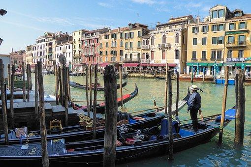 Venice, Boats, Itlay, Italian, Italy, Travel, Europe