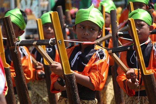 Kenthongan, Kids, Playing Music, Traditional Music
