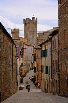 Alley, Torre, Borgo, Montalcino, Tuscany, Italy