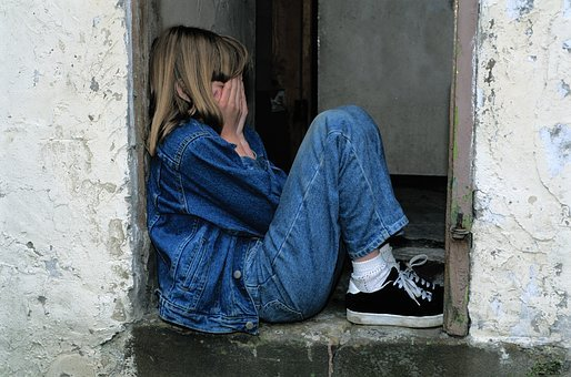 Child Sitting, Jeans, In The Door, Cry, Sad, Lonely