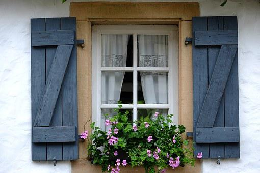 Window, Klappladen, Folding Shutters, Facade, Hauswand