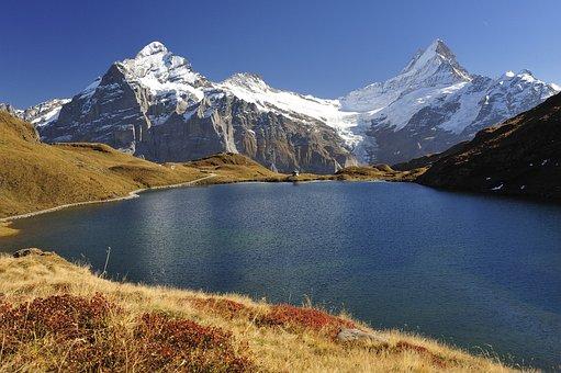 Bachalpsee, Bernese Horns, Wetterhorn, Schreckhorn