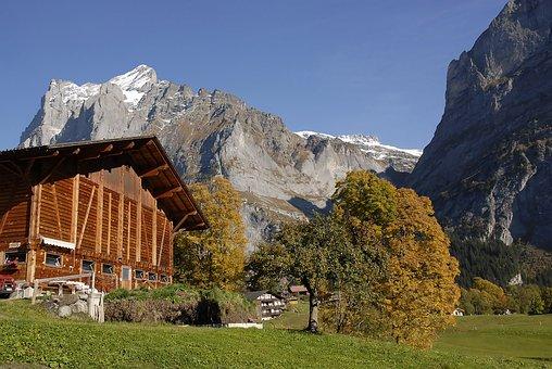 Farmhouse, Grindelwald, Postkartenmotiv, Autumn