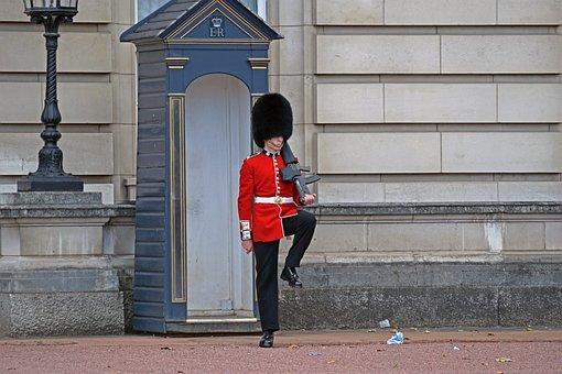 Buckingham Palace Guard, London, England, Royalty