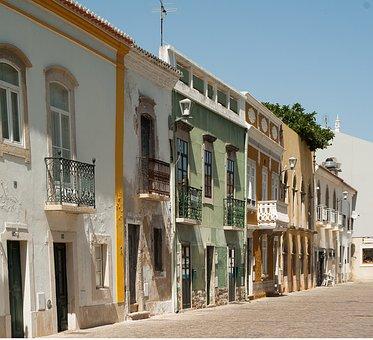 Portugal, Algarve, Tavira, Facades, Balconies