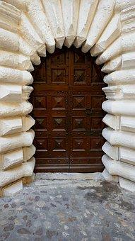 Door, Uzes, 1 Rue Saint Etienne, Gard, France, Medieval
