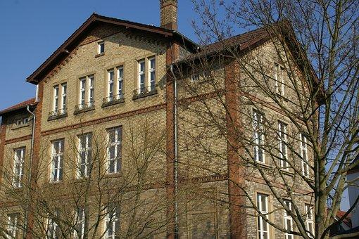 Alte Realschule, Gernsheim, Brick Wall, Building, Old