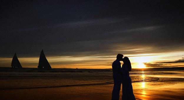 Sunset, Kiss, Love, Young, Couple, People, Happy, Woman