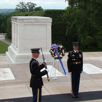 Tomb Of Unknown Soldier, Arlington Cemetery