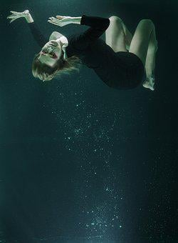 Under Water, Fashion, Woman, Increased, Water, Tank