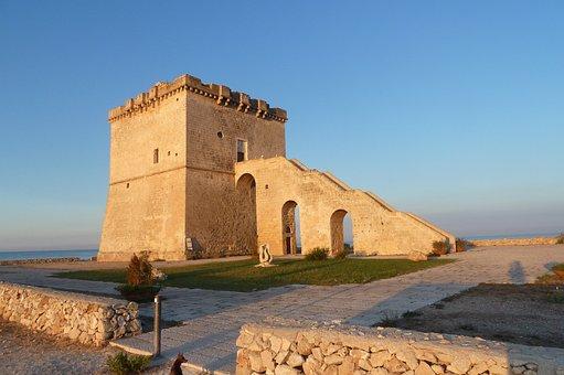Tower Lapilli, Porto Cesareo, Salento