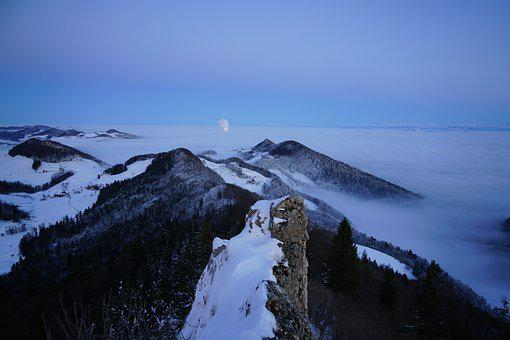 Belchenflue, Swiss Jura, Winter, Nebellandschaft