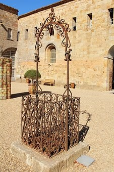 Well, Well And Iron, Cathar Well, Old Well, Courtyard