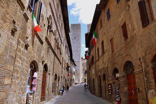 Alley, Borgo, Saint Gimignano, Tuscany, Italy, Country