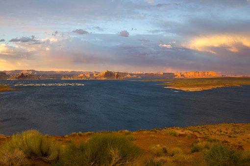 Lake Powell, Utah, Lake, Boats, Rainbow, Late Afternoon