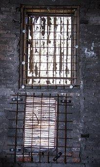 Old Windows, Sealed, Machinery, Destruction