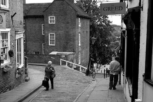 Pedestrians, Lincoln, Lincolnshire, Cathedral Precinct