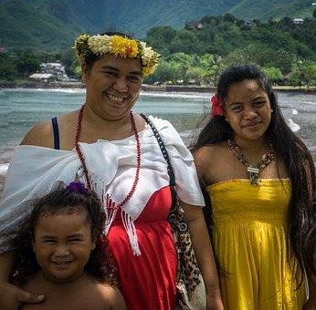 Polynesian Family, Portrait, Beach, Nuku Hiva