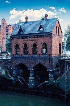 Hamburg, Speicherstadt, Fleet Castle