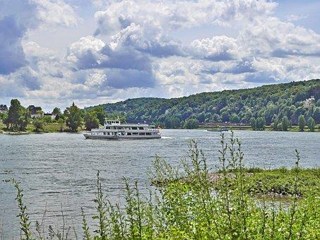Rhine, River Bend, Unkel, Remagen, Passenger Ship