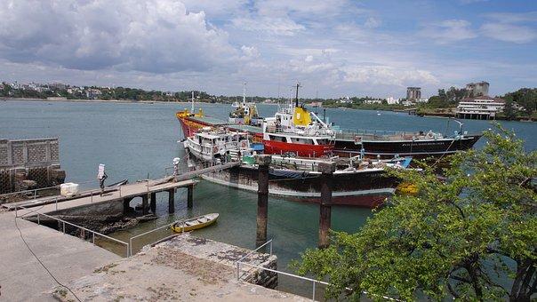 Old Port, Mombasa, Kenya, Dhow, Stevedores, Boat, Ship