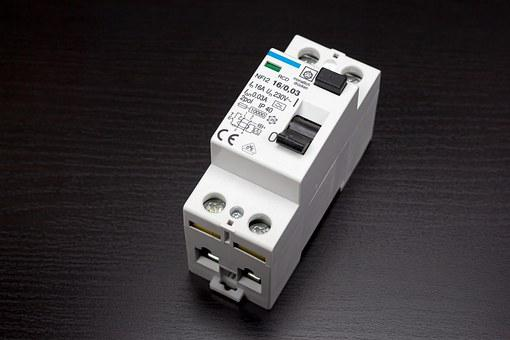 Circuit Breakers, Rcds, Fault Current