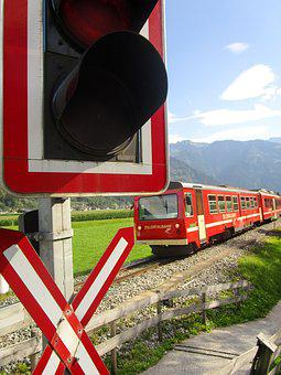 Train, Zillertalbahn, Level Crossing, Verkehrzzeichen