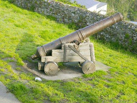 Old Cannon, Ribadeo, Atalaya