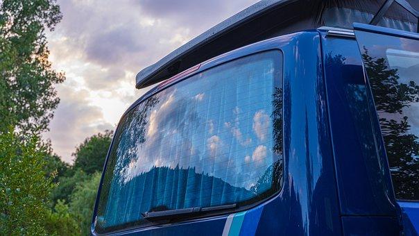 T5, Vw Bus, Rear Window, Clouds, Reflection, Sky