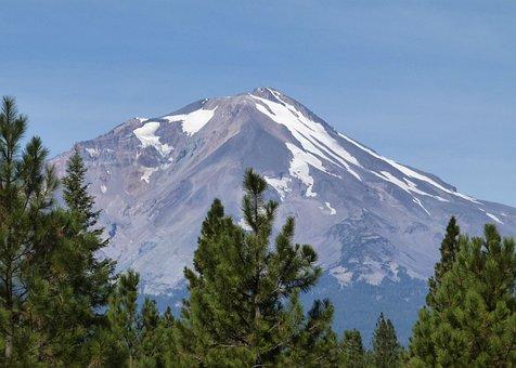 Mount Shasta, Siskiyou County, California, Usa