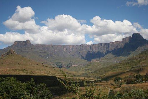 Drakensburg, Mountain Range, Kwazulu Natal
