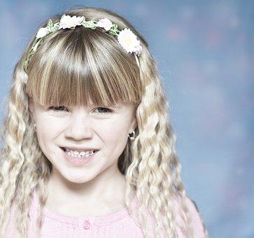 Child, Girl, Blond, Face, Uncertain, Unsettled