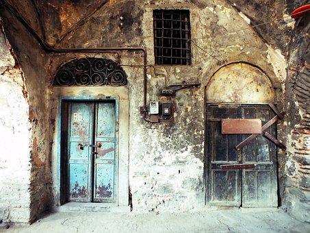 Istanbul, Hasırcı Inn, Turkey, Old Building, Date