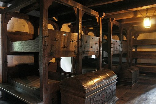 Castle, Dormitory, Middle Ages, Youth Hostel, Bunk Bed