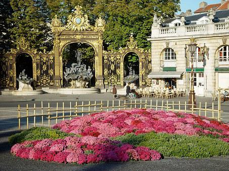 Nancy, Place Stanislas, Neptunbrunnen, Art Nouveau